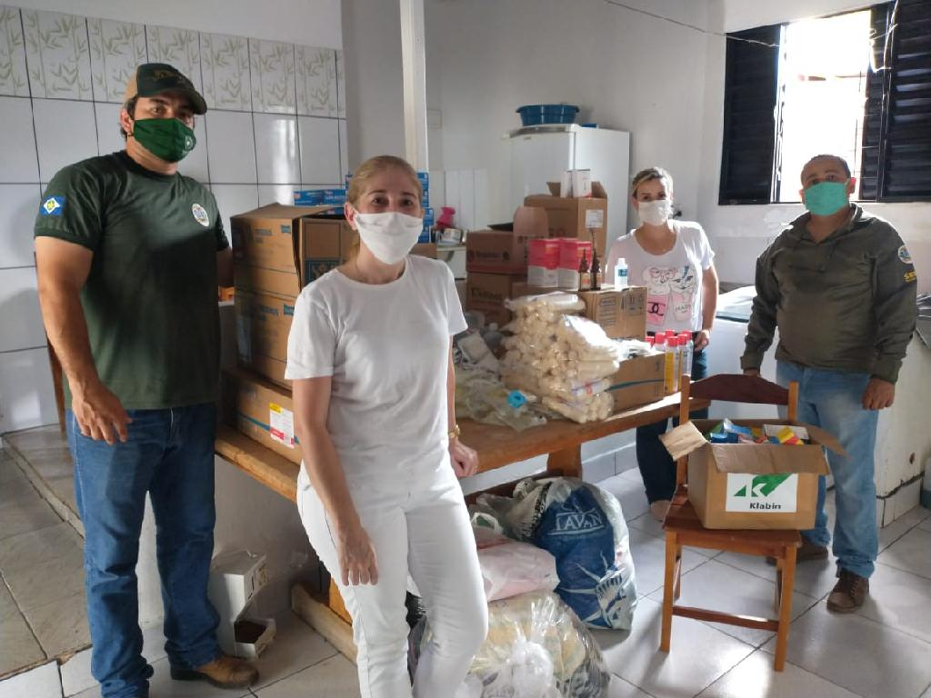 Sema doa medicamentos a instituições e hospitais veterinários parceiros
